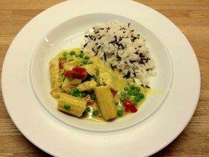 Asiatisk gryde med kalkun og grøntsager