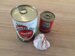 Køb en god dåse hakkede tomater. Jo, der er forskel på smagen på den billige og dyrere. Men det handler om god smag! Foto: Guffeliguf.dk.