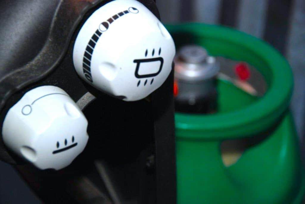 Billige Små Gasgrill : Hvor længe holder en flaske gas til gasgrill madens verden