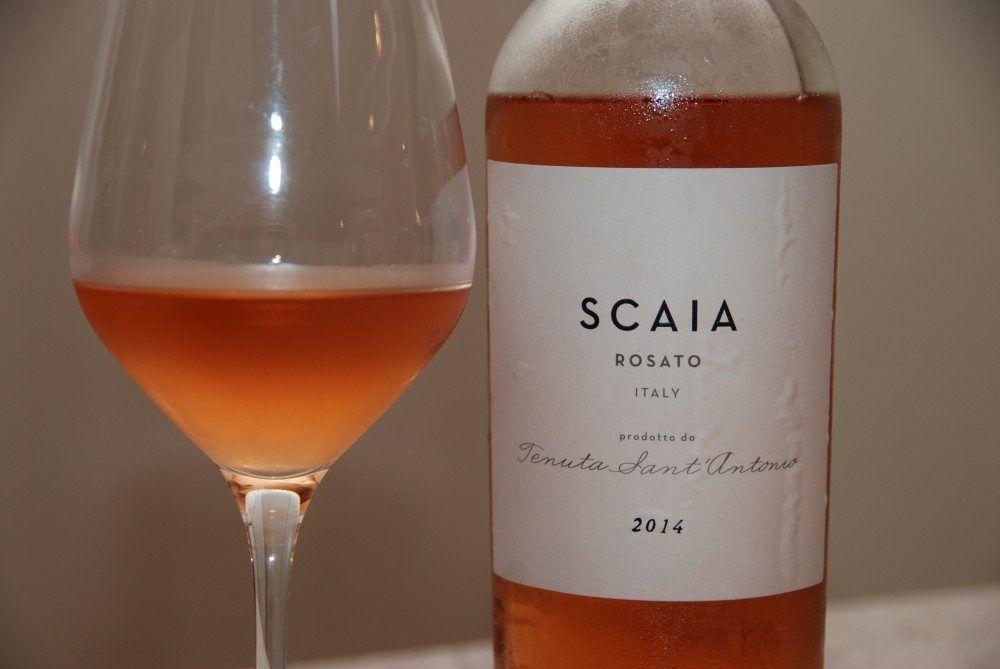 Rosévin kan være en ren lækkerbisken, og det er denne italienske vin fra vinproducenten Tenuta Sant' Antonio et glimrende eksempel på. Foto: Guffeliguf.dk.