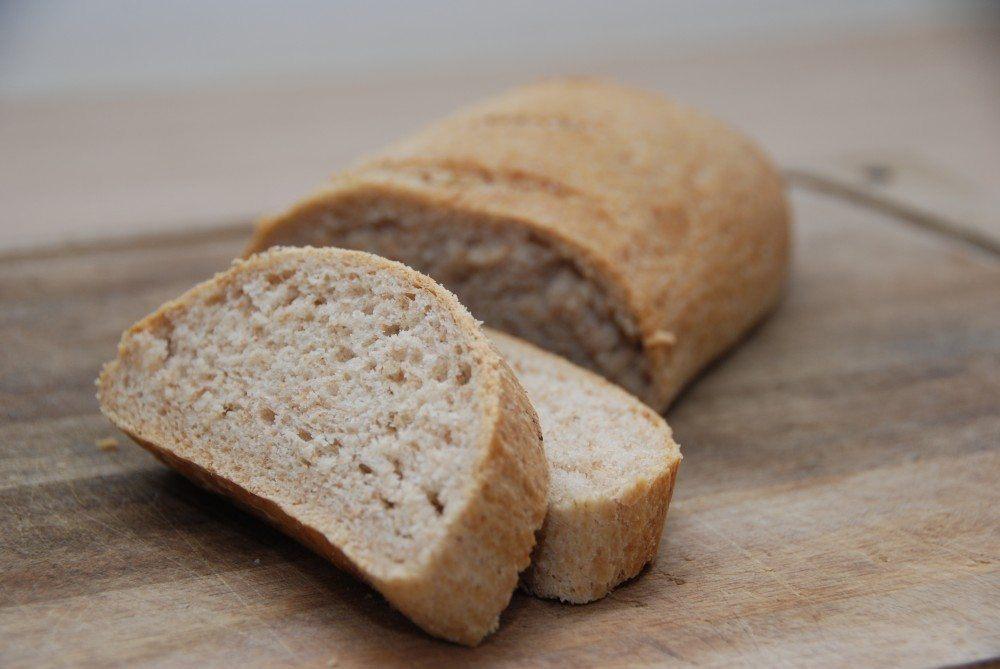 Kuvertbrød er lækkert madbrød, og her er det bagt med ølandshvede. Foto: Guffeliguf.dk.