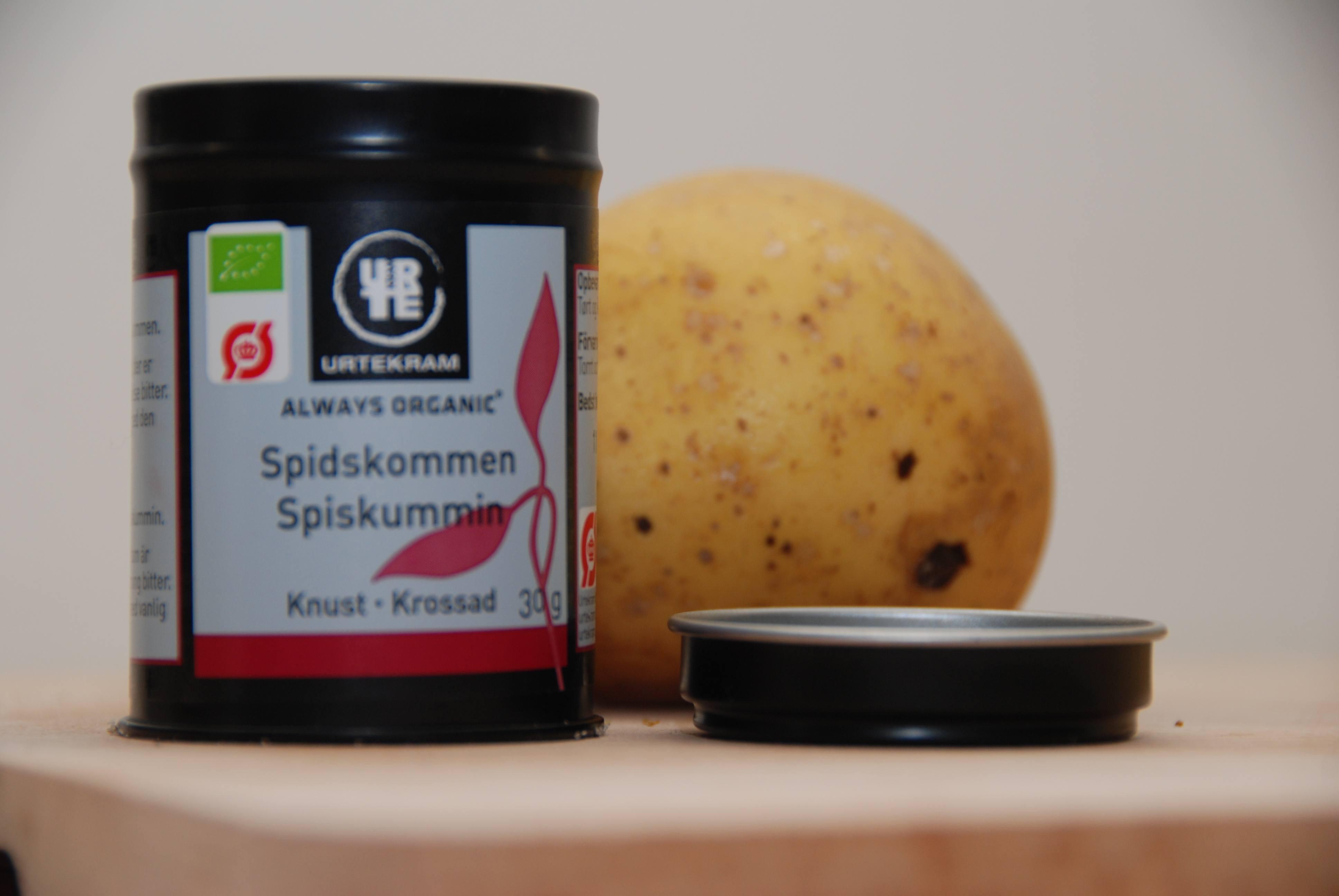 Gullaschsuppe med kartofler, hvidløg og peberfrugter