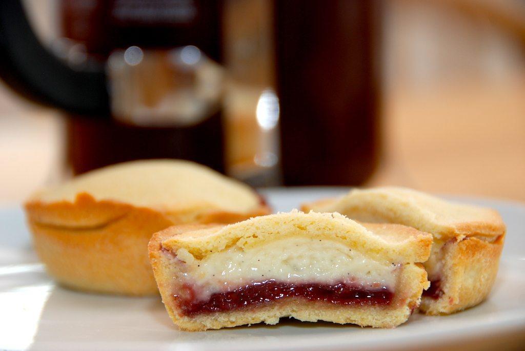 Cremelinser med hindbær - den bedste kage