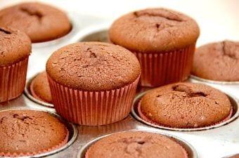 Chokolademuffins – nem opskrift på muffins med kakao
