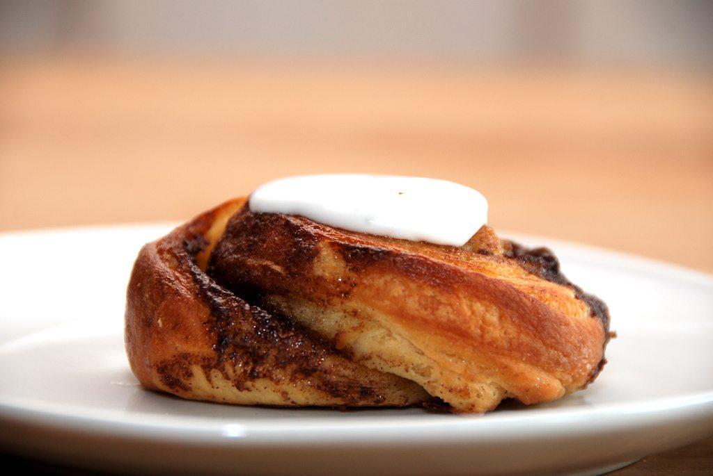 Kanelsnegle af wienerbrød bliver både saftige og med den helt rigtige smag af kanelsnegl. Foto: Guffeliguf.dk.