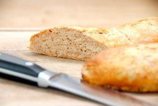 Sprøde grovflutes, der er bagt med grahamsmel og penslet med vand et par gange under bagningen. Foto: Guffeliguf.dk.