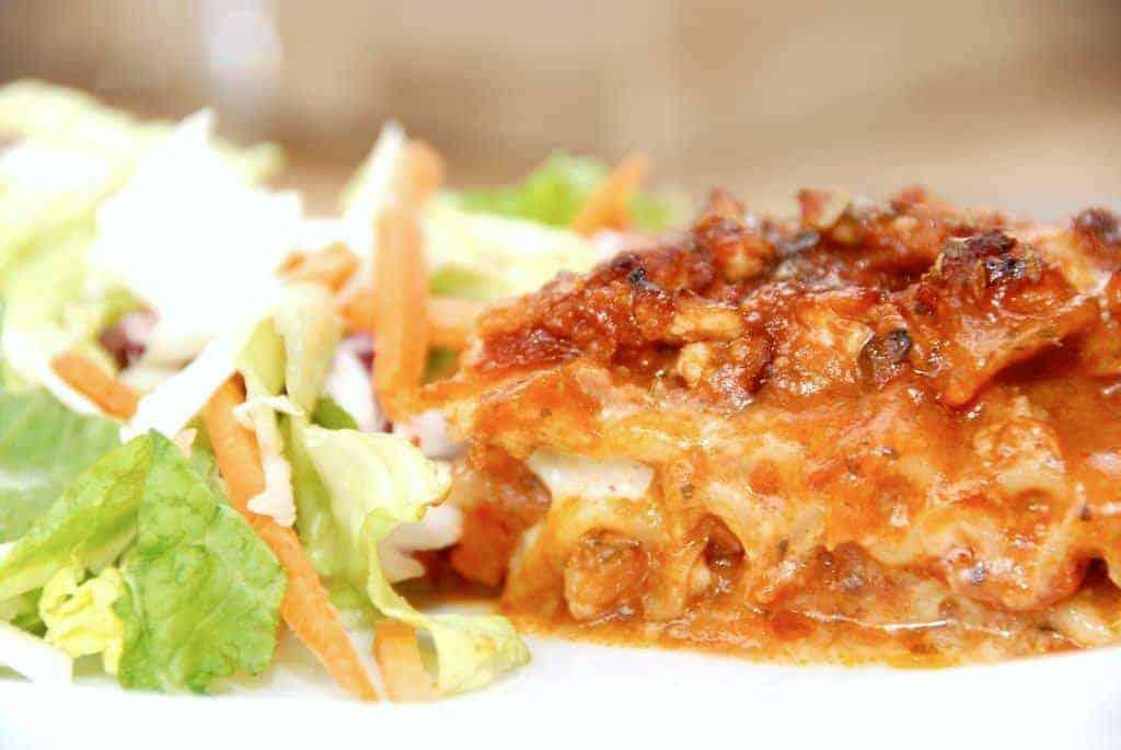 Kyllingelasagne - lasagne med hakket kyllingekød