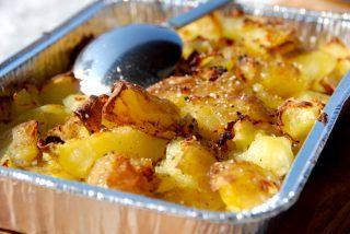 Knuste kartofler med eddike (vinegar style) - Madens Verden