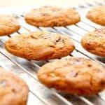 Lækre cookies med chokolade og hasselnødder, der bages 12 minutter i ovnen ved 175 grader. Foto: Guffeliguf.dk.