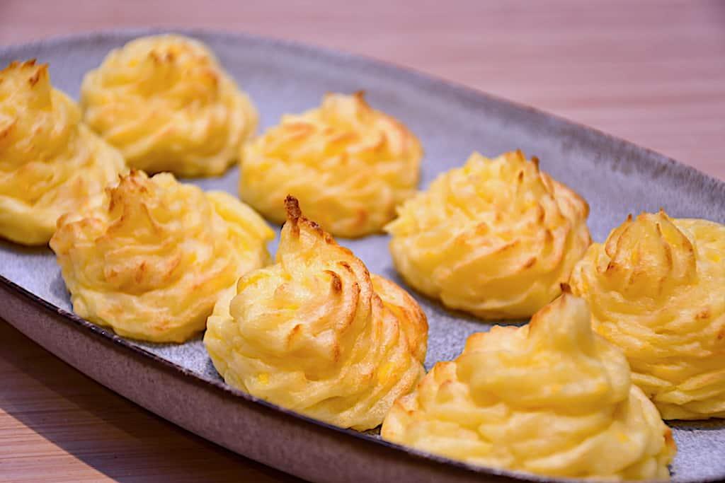 Pommes duchesse - bagt kartoffelmos med æg