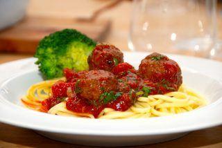 Kødboller i tomatsauce opskrift (med spaghetti)