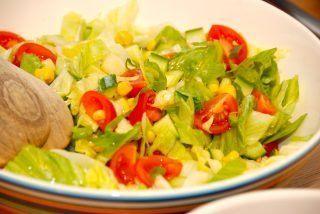 Blandet salat med iceberg (mixed salat)