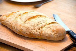 Lækkert og sprødt durumbrød, der er et supr godt madbrød, som stammer fra Italien. Nemt at bage. Foto: Guffeliguf.dk.