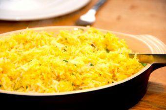 Karryris – kogte ris med karry og persille