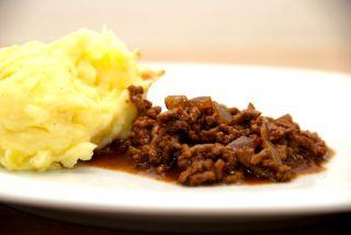 Millionbøf med kartoffelmos – den rigtige opskrift