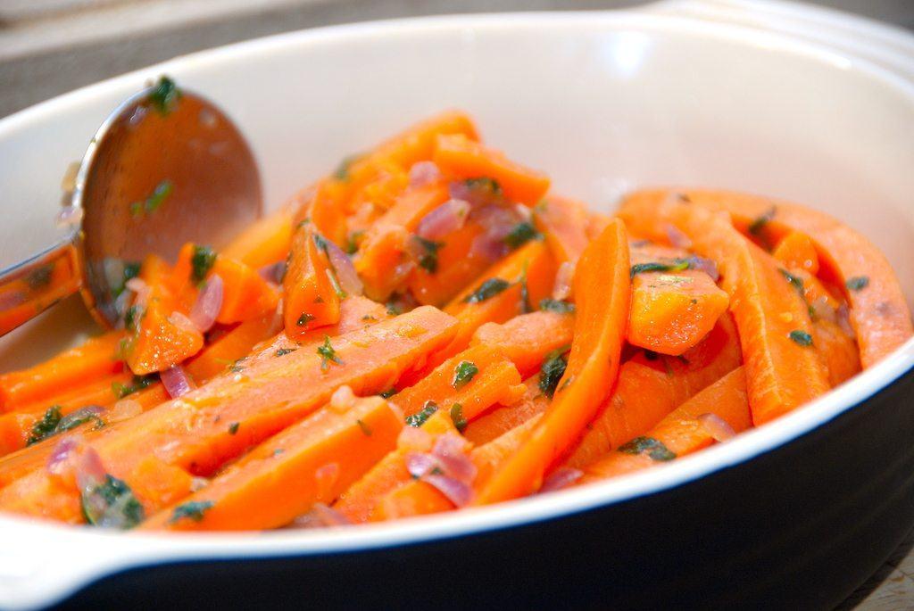 Glaserede gulerødder med timian