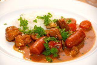 Jægergryde med kogte ris