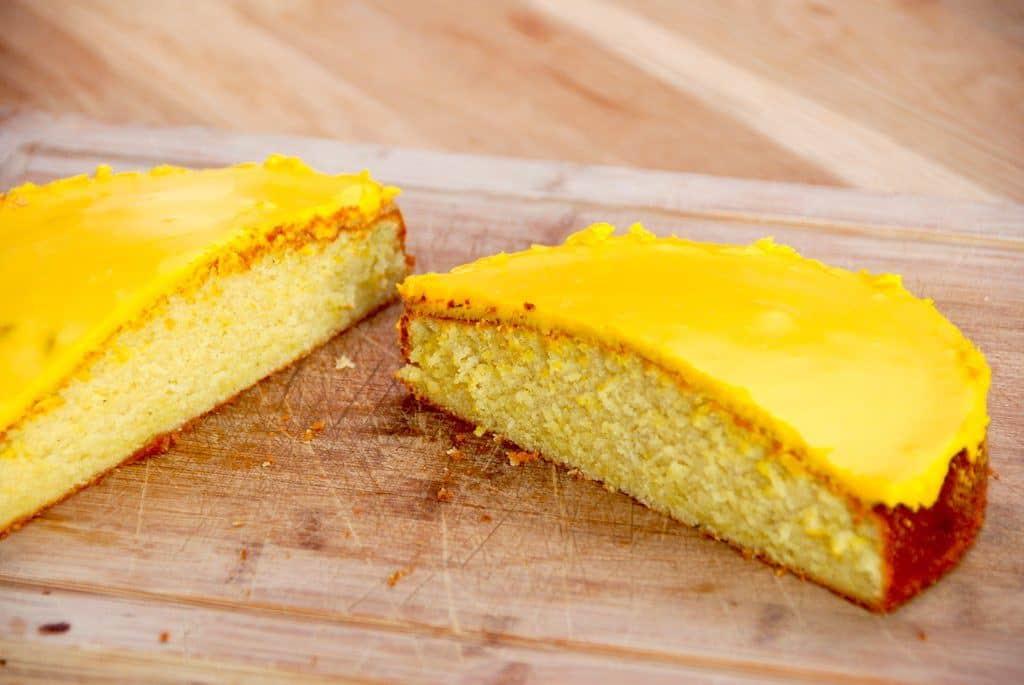 Sådan bager du den bedste citronmåne selv