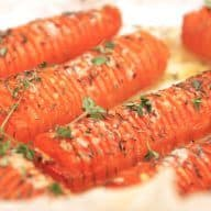 Billed resultat for hasselback gulerødder