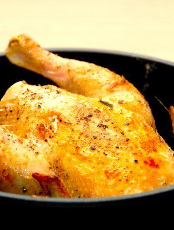 Kylling i gryde: Grydekylling med en god brun sovs