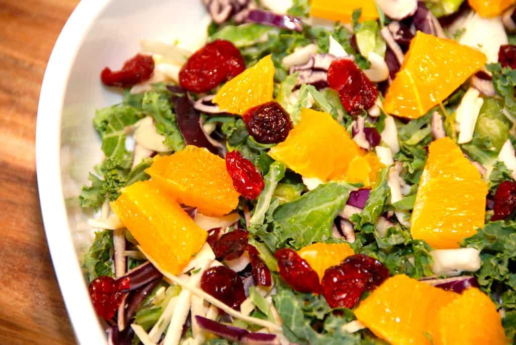 Salat med appelsin og kål (appelsinsalat)