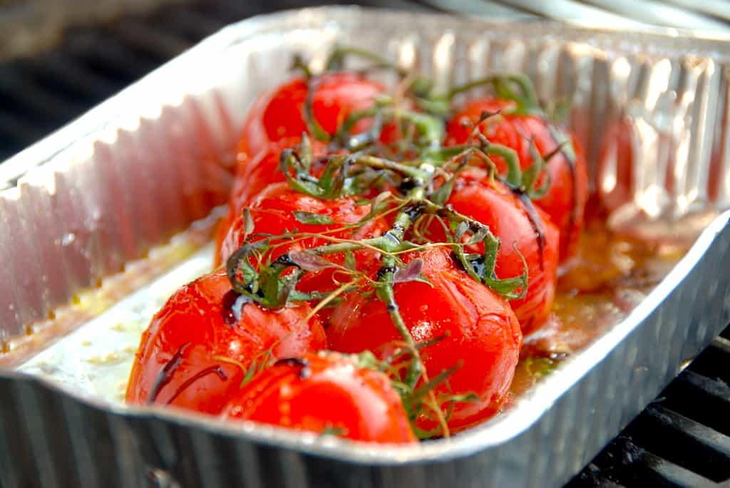grillede tomater på stilk