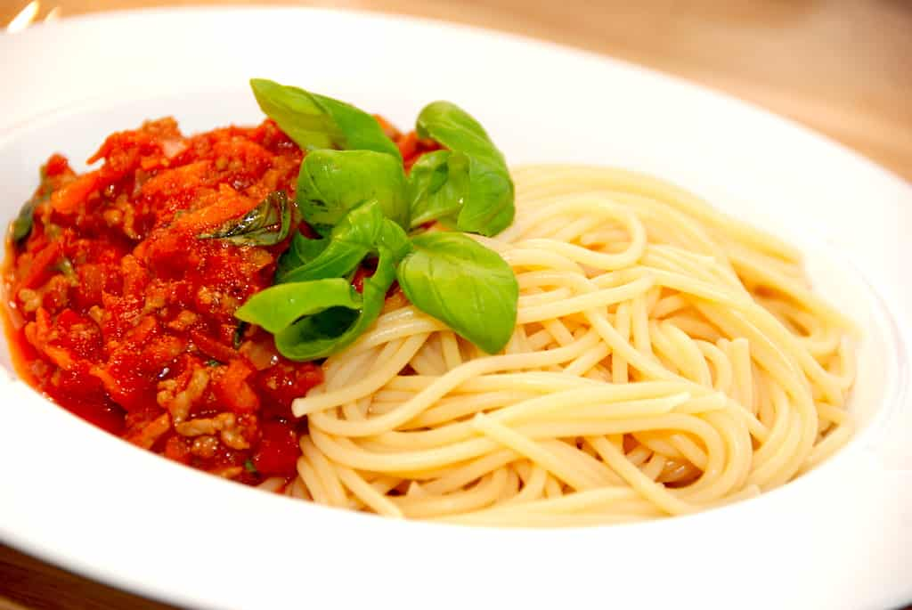 Spaghetti med kødsovs på 20 minutter