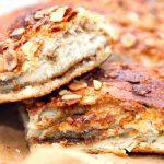 Sådan en lækker og bagefast kagecreme kan blandt andet anvendes i en kanelstang, kringle, kanelsnegle og lignende. Kagecremen flyder ikke ud under bagningen. Foto: Madensverden.dk.