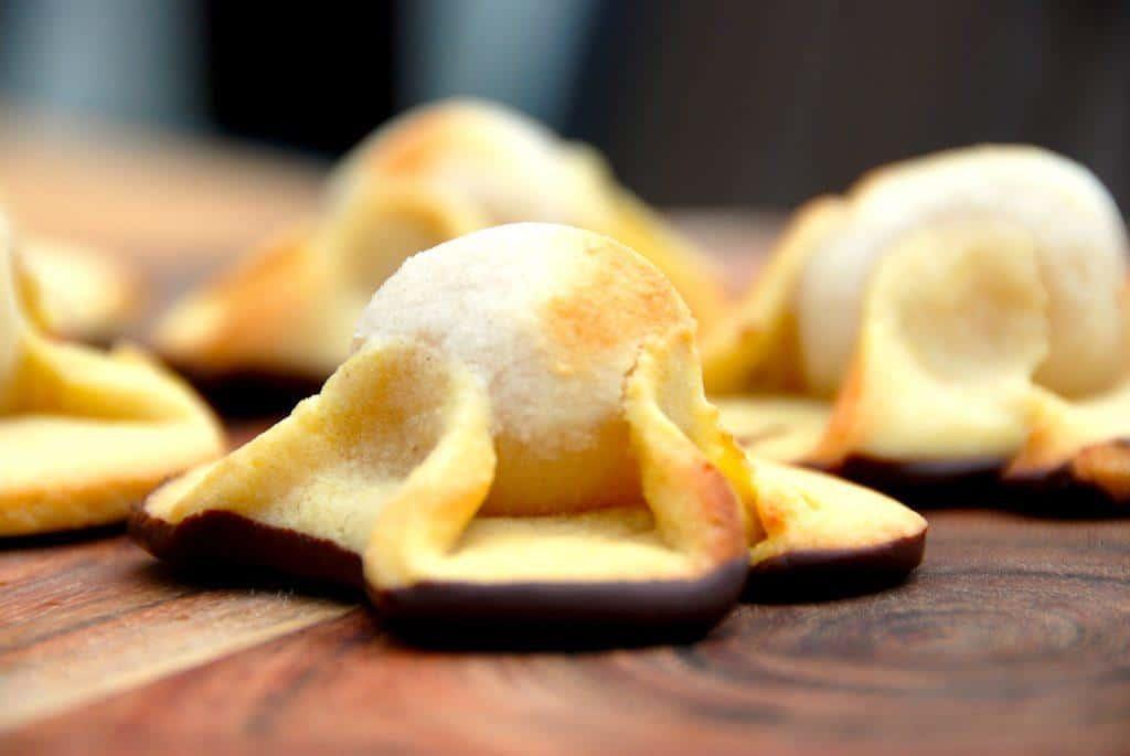 Opskrift på napoleonshatte som bageren laver dem