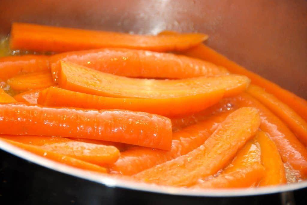Dampede gulerødder med masser af smag