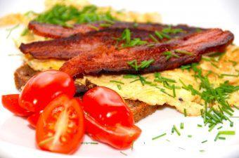 Omelet opskrift – hurtig og nem omelet