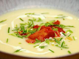 billede med kartoffel porre suppe