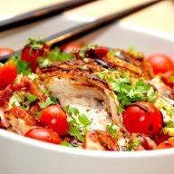 Kyllingesalat med bacon og spidskål