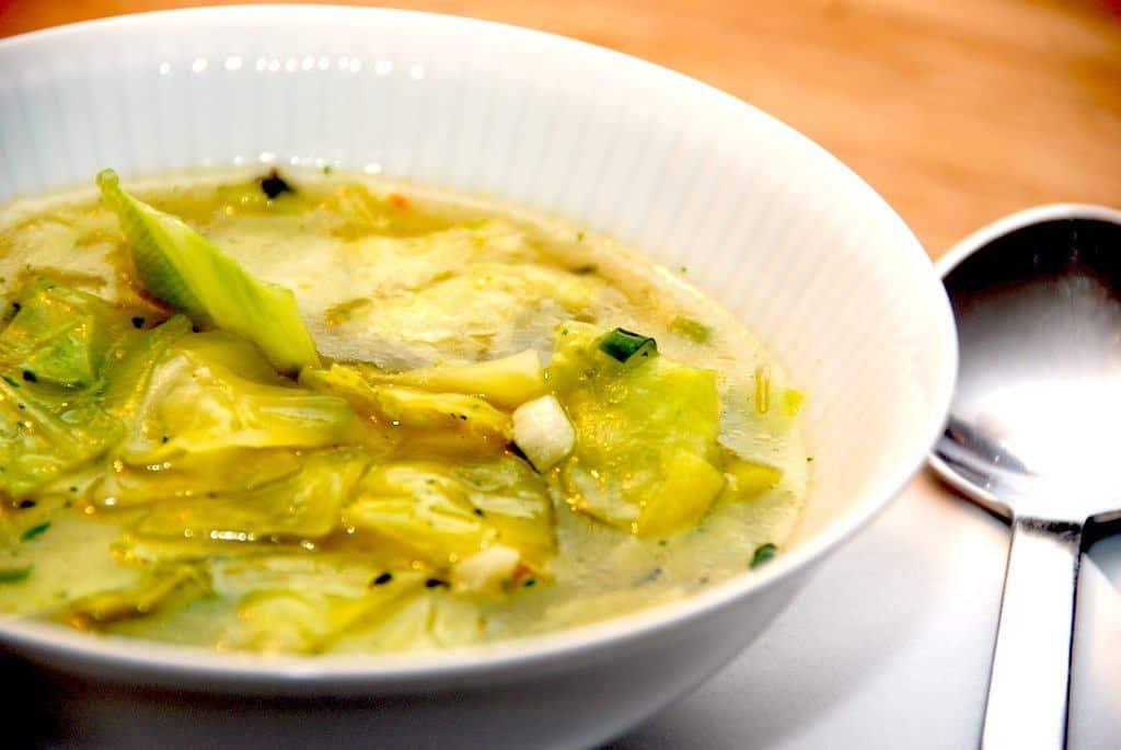 Spidskålssuppe - nem suppe med spidskål