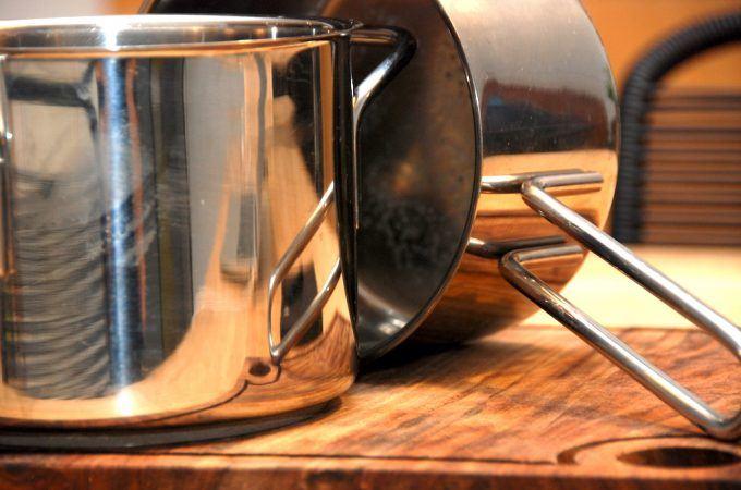 Vi har nok alle prøvet, at risengrød eller andet brænder på i en gryde. Det kan være besværligt at få gryden ren igen, men du kan klare det med lidt vaskemiddel til tøjvasken. Foto: Madensverden.dk.