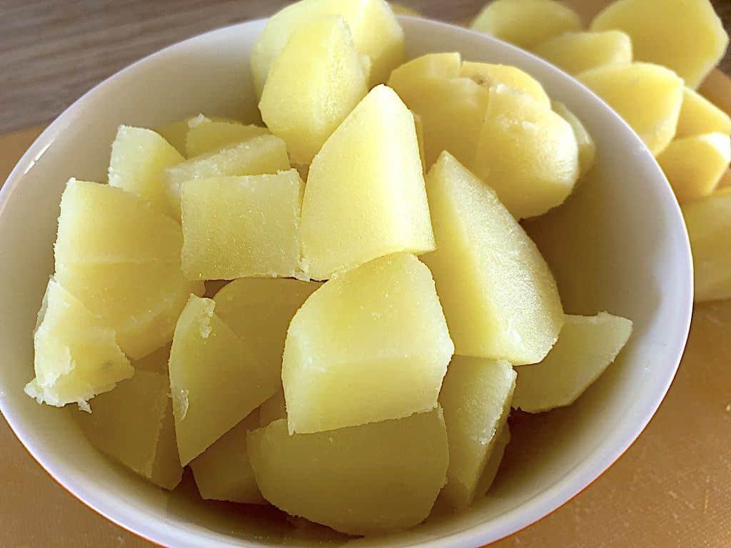 billede med kogte kartofler til biksemad
