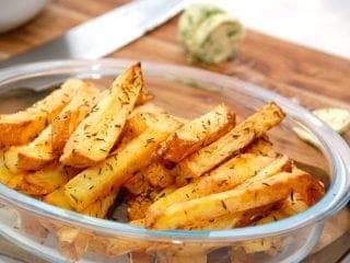 Billede med intervalstegte pommes frites i ovn