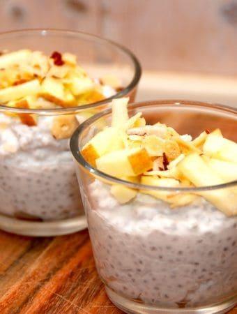 Chiagrød med kokosmælk og chiafrø