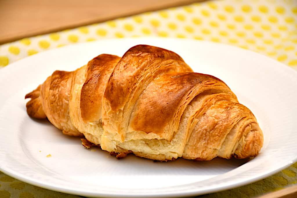 Croissant opskrift - sådan laver du croissanter