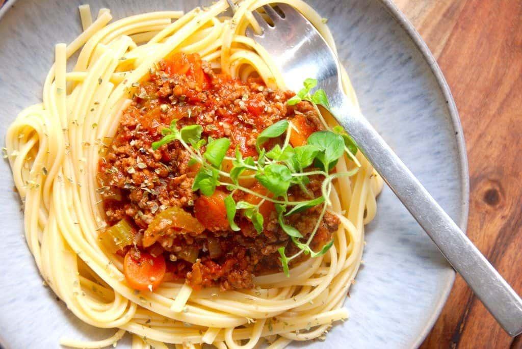 pasta med kødsovs opskrift