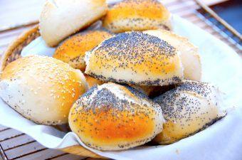 Derfor revner brød under bagning – se hvad du kan gøre