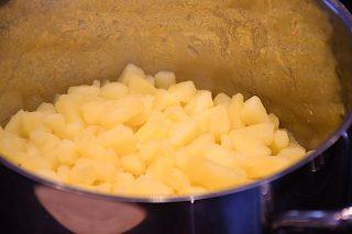 kogte kartofler dampes af inden mosning
