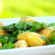 billede med nem kartoffelsalat med asparges