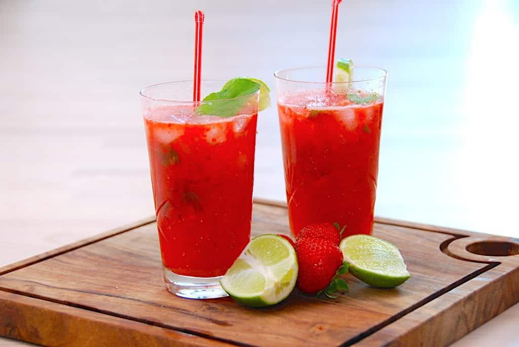 Nem jordbær mojito med eller uden alkohol