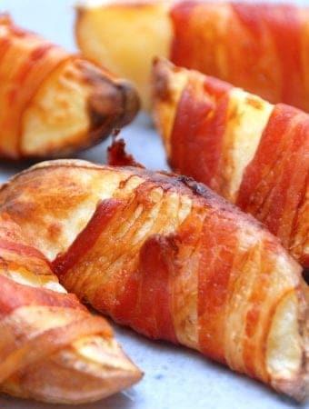 Baconkartofler – ovnbagte kartofler med bacon