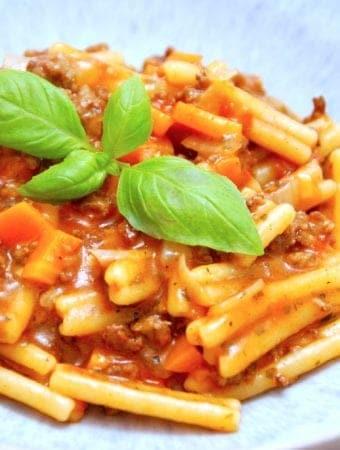 Nem one pot pasta med hakket oksekød