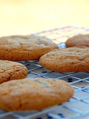 Nem chocolate chip cookies opskrift med chokolade