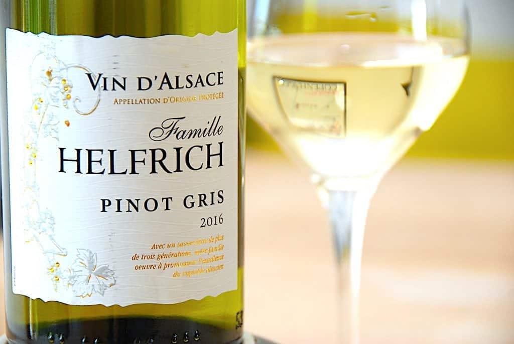 Billede med Helfrich Pinot Gris hvidvin fra Alsace