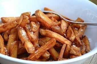 Sådan koger du sprøde pommes frites i gryde