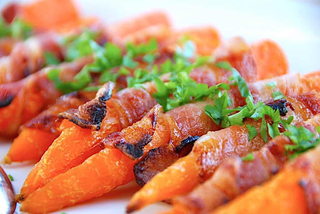 Gulerødder med bacon og honning (og et godt trick)